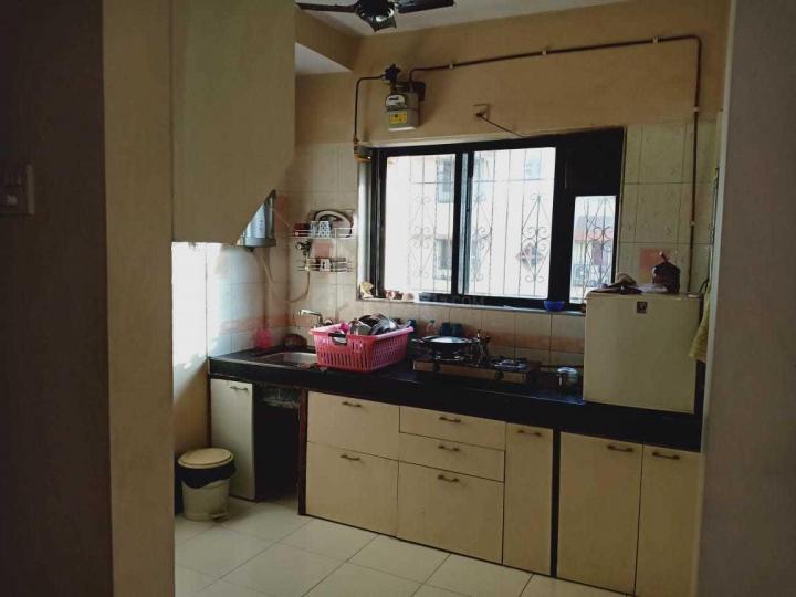 Kitchen Image of 725 Sq.ft 1 BHK Apartment for rent in Swaraj Jheel Darshan Apartment, Powai for 40000