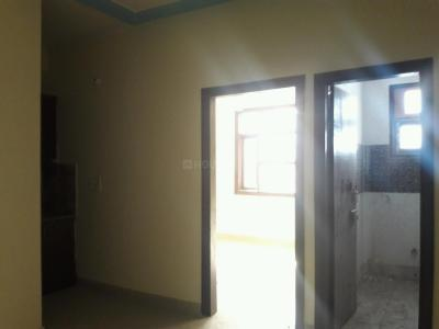 Gallery Cover Image of 450 Sq.ft 1 BHK Apartment for buy in Mahipalpur for 1600000