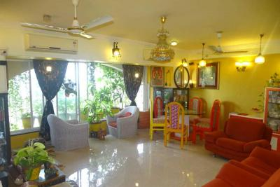 Gallery Cover Image of 1632 Sq.ft 3 BHK Apartment for buy in Andheri West for 49000000