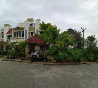 Gallery Cover Image of 2200 Sq.ft 3 BHK Villa for rent in Perungudi for 50000