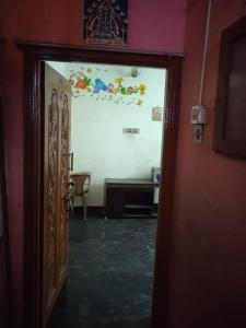 Gallery Cover Image of 650 Sq.ft 2 BHK Independent Floor for rent in Pallavaram for 15000