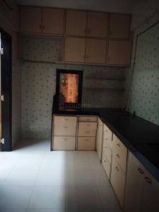 Gallery Cover Image of 600 Sq.ft 1 BHK Apartment for rent in Vardhman Nagar, Mulund West for 28000