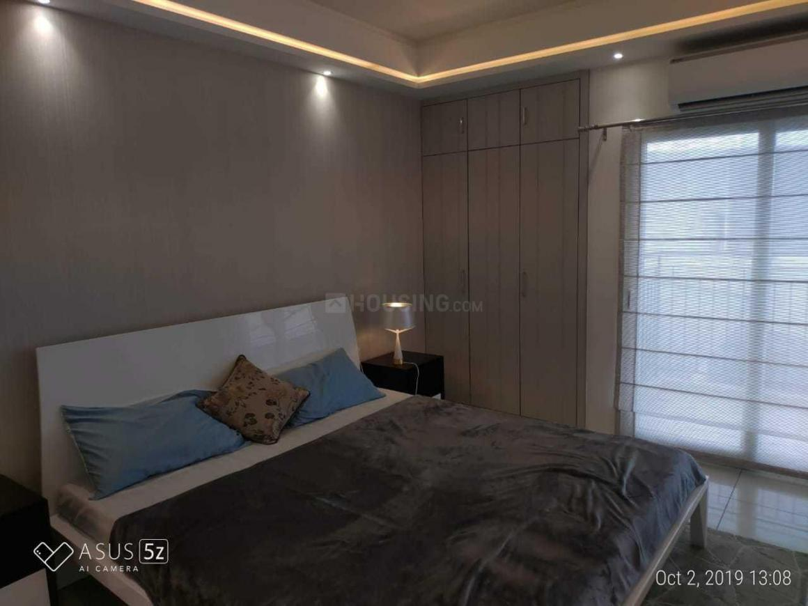 Bedroom Image of 1025 Sq.ft 2 BHK Apartment for buy in Sector 144 for 5500000