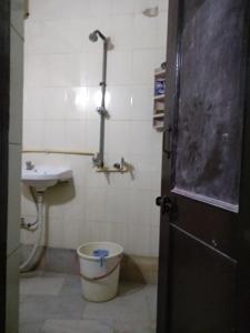 Bathroom Image of PG 3806036 Punjabi Bagh in Punjabi Bagh