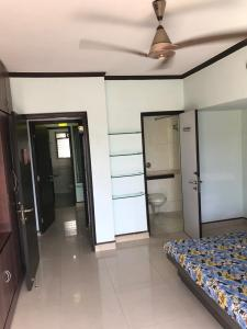 Gallery Cover Image of 850 Sq.ft 2 BHK Apartment for rent in Juhu for 70000