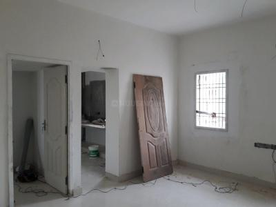 Gallery Cover Image of 950 Sq.ft 2 BHK Apartment for buy in Thiruvanmiyur for 8500000
