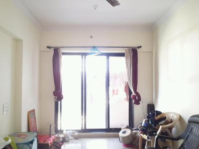 Gallery Cover Image of 650 Sq.ft 1 BHK Apartment for rent in Kasarvadavali, Thane West for 11500
