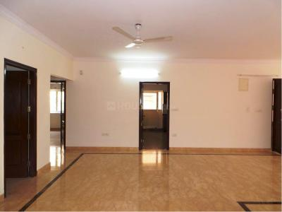 Gallery Cover Image of 2200 Sq.ft 3 BHK Apartment for buy in Cooke Town for 20000000