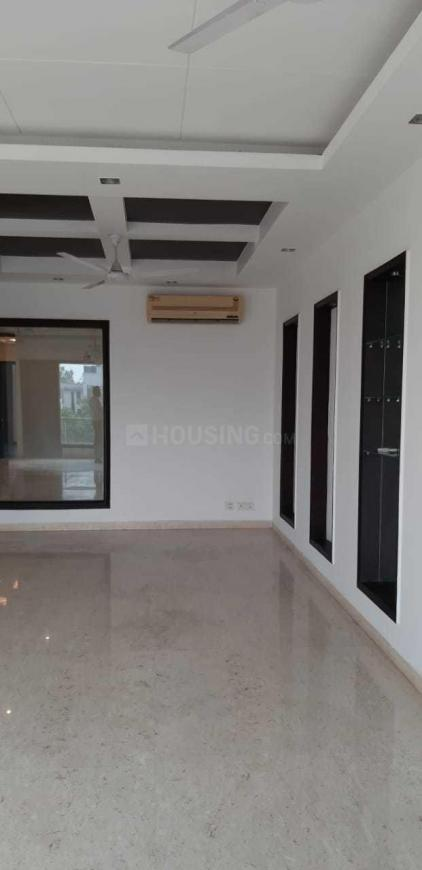 Living Room Image of 5000 Sq.ft 4 BHK Independent Floor for rent in New Friends Colony for 95000