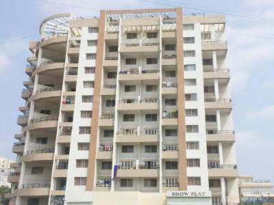 Gallery Cover Image of 950 Sq.ft 2 BHK Apartment for buy in Vishwa Vinayak Florencia Phase 1, Wakad for 7000000