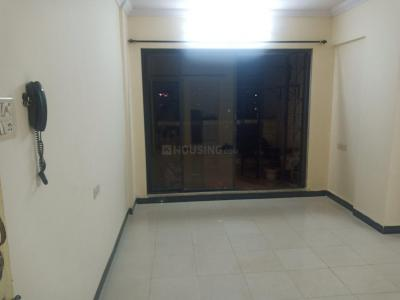 Gallery Cover Image of 1100 Sq.ft 2 BHK Apartment for rent in Kopar Khairane for 27000