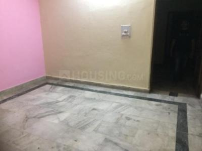 Gallery Cover Image of 400 Sq.ft 1 RK Independent House for rent in Razapur Khurd for 7000