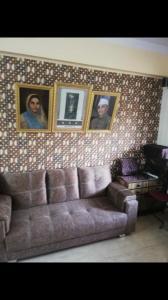 Gallery Cover Image of 1000 Sq.ft 2 BHK Apartment for buy in Danesh Kunj, Santacruz East for 24000000