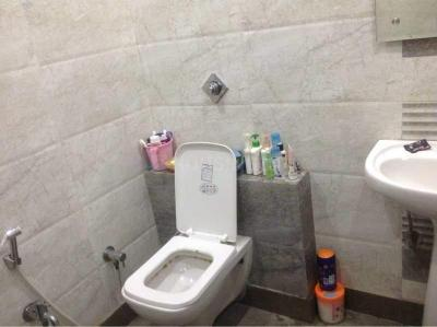 Bathroom Image of Students Home in Mukherjee Nagar