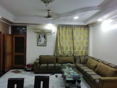 Gallery Cover Image of 1500 Sq.ft 3 BHK Apartment for rent in Vaishali for 28000