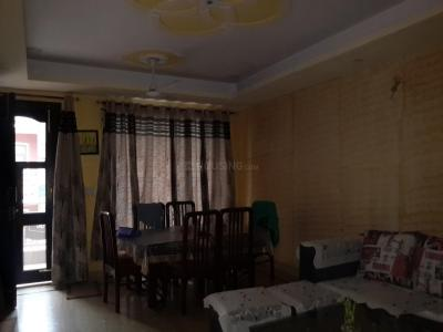 Gallery Cover Image of 1100 Sq.ft 2 BHK Apartment for rent in Vasant Kunj for 20000