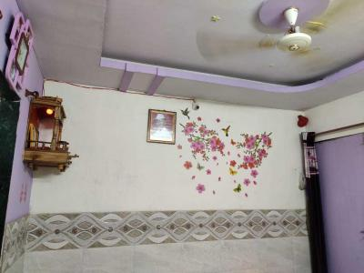 Gallery Cover Image of 320 Sq.ft 1 BHK Independent House for buy in Kalu Nagar for 1200000