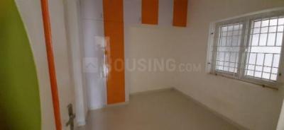 Gallery Cover Image of 881 Sq.ft 2 BHK Apartment for buy in selvaraj flat, Kovilambakkam for 4664000