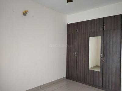 Gallery Cover Image of 1100 Sq.ft 2 BHK Apartment for rent in Poonamallee for 15000