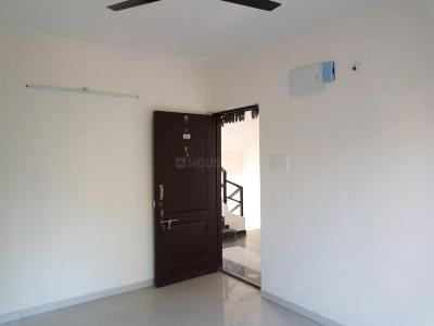 Gallery Cover Image of 811 Sq.ft 2 BHK Apartment for rent in Dhanori for 15000