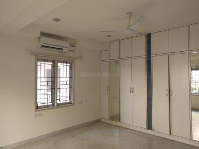 Gallery Cover Image of 2250 Sq.ft 3 BHK Apartment for rent in Banjara Hills for 40000