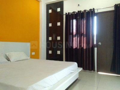 Gallery Cover Image of 1500 Sq.ft 3 BHK Apartment for rent in Mohammed Wadi for 16000