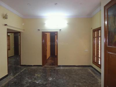 Gallery Cover Image of 1100 Sq.ft 2 BHK Apartment for rent in Basaveshwara Nagar for 17000