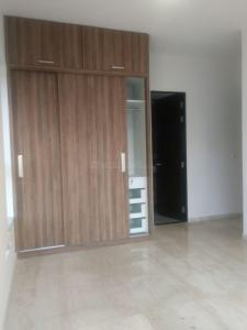 Gallery Cover Image of 1845 Sq.ft 3 BHK Apartment for buy in Sion for 35000000