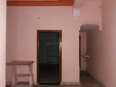 Gallery Cover Image of 750 Sq.ft 1 BHK Apartment for rent in Moosarambagh for 7500