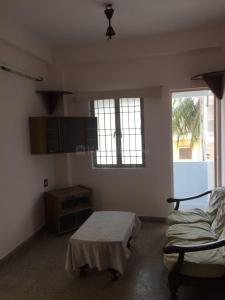 Gallery Cover Image of 800 Sq.ft 2 BHK Apartment for rent in Adyar for 25000