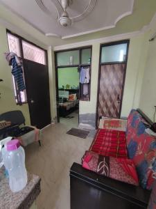 Gallery Cover Image of 320 Sq.ft 1 BHK Independent Floor for rent in Tughlakabad for 6500