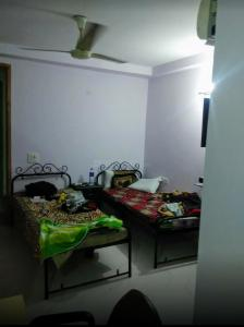 Bedroom Image of H.b. PG in Garhi