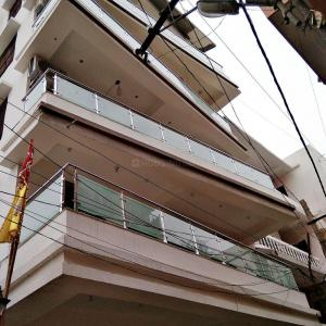 Gallery Cover Image of 2600 Sq.ft 2 BHK Apartment for rent in Mithapur for 35000