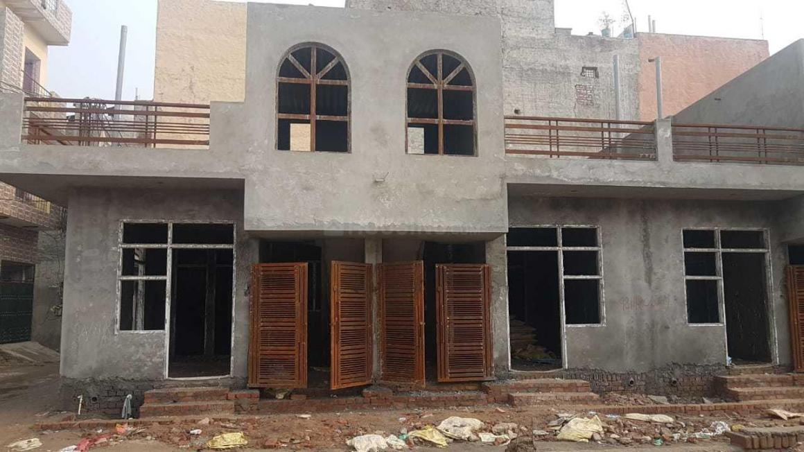 Building Image of 500 Sq.ft 1 BHK Independent House for buy in Sector 104 for 2800000