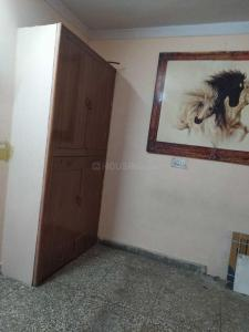 Gallery Cover Image of 450 Sq.ft 1 BHK Independent Floor for rent in Dwarka Mor for 7500