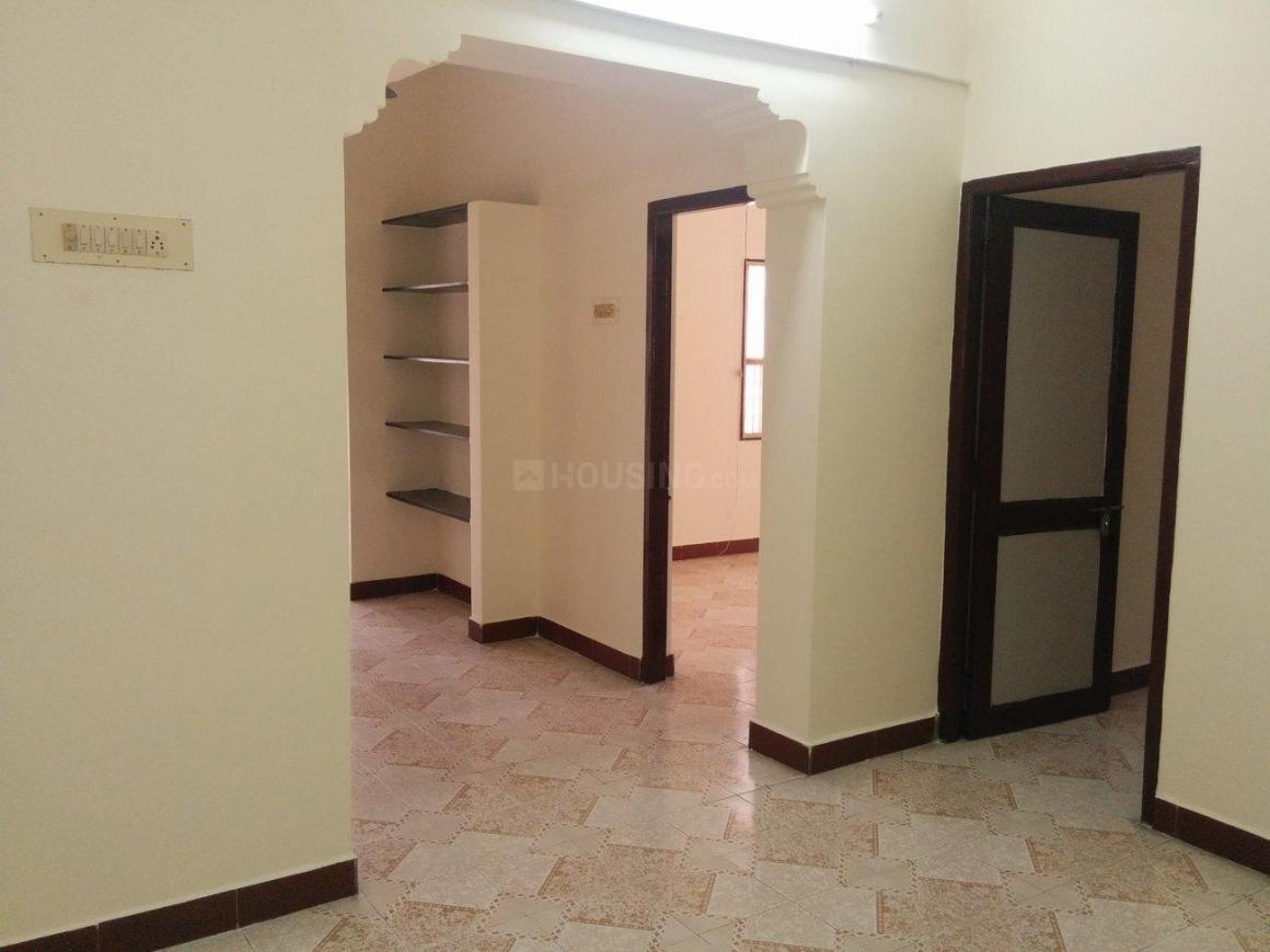 Living Room Image of 850 Sq.ft 2 BHK Apartment for rent in Chromepet for 20000