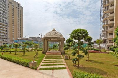 Gallery Cover Image of 3210 Sq.ft 4 BHK Apartment for rent in Chi V Greater Noida for 30000