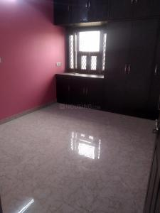 Gallery Cover Image of 1500 Sq.ft 3 BHK Apartment for rent in Sector 13 Dwarka for 23000
