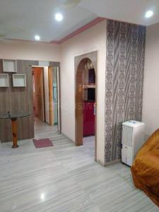 Gallery Cover Image of 1050 Sq.ft 2 BHK Apartment for rent in Kanakia Niharika, Thane West for 26000