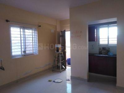 Gallery Cover Image of 600 Sq.ft 1 BHK Apartment for rent in S.G. Palya for 12000