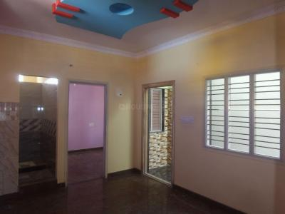 Gallery Cover Image of 700 Sq.ft 2 BHK Independent Floor for rent in State Bank Of India Colony for 12000