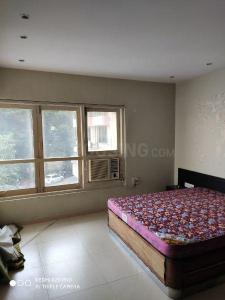 Gallery Cover Image of 700 Sq.ft 1 BHK Apartment for buy in Colaba for 23000000