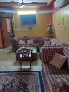 Gallery Cover Image of 990 Sq.ft 2 BHK Independent Floor for buy in Laxmi Nagar for 5000000
