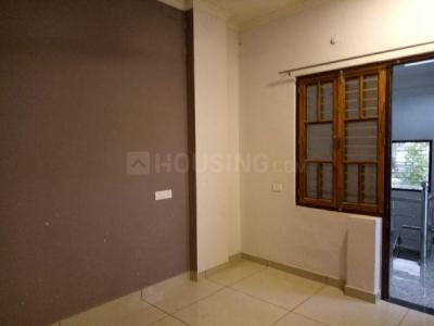 Gallery Cover Image of 1000 Sq.ft 1 BHK Independent Floor for rent in Vrindavan Yojna for 10000
