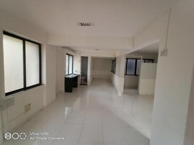 Gallery Cover Image of 2200 Sq.ft 4 BHK Apartment for rent in Shivaji Nagar for 60000