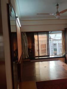 Gallery Cover Image of 1200 Sq.ft 2 BHK Apartment for rent in Paschim Apartments, Prabhadevi for 70000