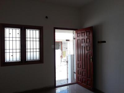 Gallery Cover Image of 550 Sq.ft 2 BHK Independent House for buy in Thiruthavali for 2400000