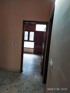 Gallery Cover Image of 2000 Sq.ft 3 BHK Independent Floor for rent in Anand Vihar for 20000