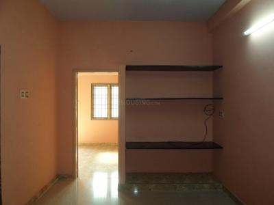 Gallery Cover Image of 700 Sq.ft 2 BHK Apartment for rent in Choolaimedu for 14000