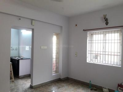 Gallery Cover Image of 1000 Sq.ft 2 BHK Apartment for rent in Choolaimedu for 19000